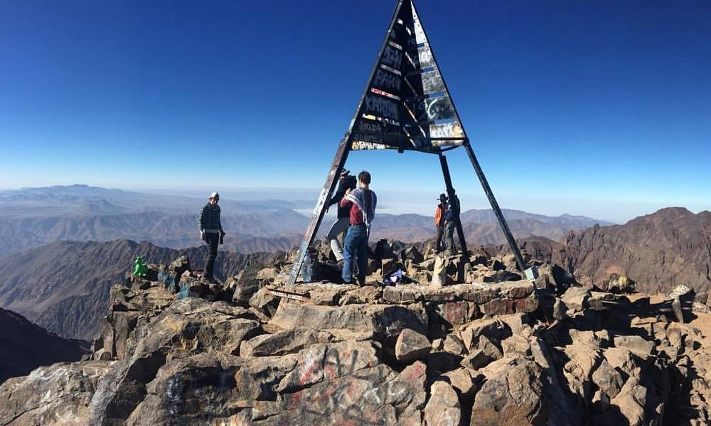 SUMMIT JBEL TOUBKAL